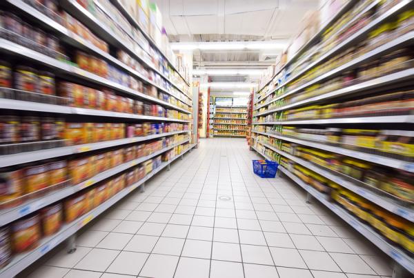 bigstock shopping at the supermarket 12177749 resized 600